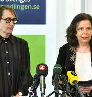 Annika Sundén, analyschef, och Maria Mindhammar, generaldirektör på Arbetsförmedlingen. Claudio Bresciani/TT