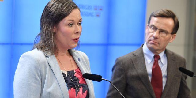 Maria Malmer Stenergard och Ulf Kristersson.  Jessica Gow/TT / TT NYHETSBYRÅN