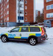 Polisen på plats i området där skjutningen inträffade.  Mats Andersson/TT / TT NYHETSBYRÅN