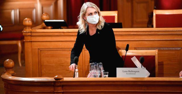 Socialminister Lena Hallengren (S) vid tidigare utfrågning i KU.  Fredrik Sandberg/TT / TT NYHETSBYRÅN