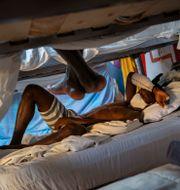Hady Baye, 31, vilar på Modern Christian Mission Churchs hjälpcenter på Fuerteventura. Emilio Morenatti / TT NYHETSBYRÅN
