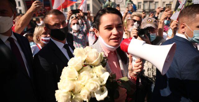 Tichanovskaja under en demonstration i Bryssel i september. Francisco Seco / TT NYHETSBYRÅN