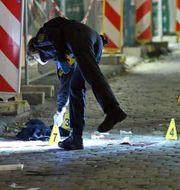 Polisen på brottsplatsen. Roland Halkasch / TT NYHETSBYRÅN