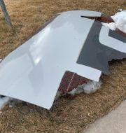 Delar av flygplansmotorn som haverierade i Denver,  TT NYHETSBYRÅN