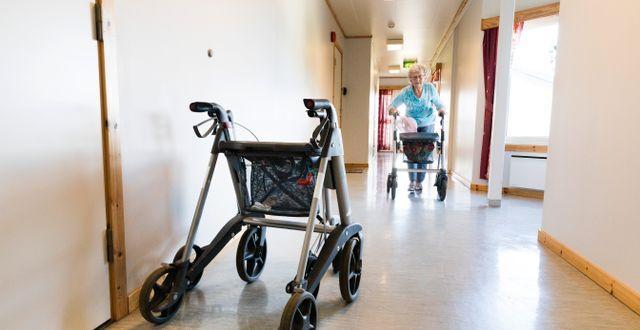Arkivbild, korridor på äldreboende.  Kallestad, Gorm / TT NYHETSBYRÅN