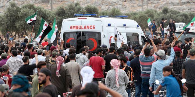 Ambulans i Idlib. OMAR HAJ KADOUR / AFP