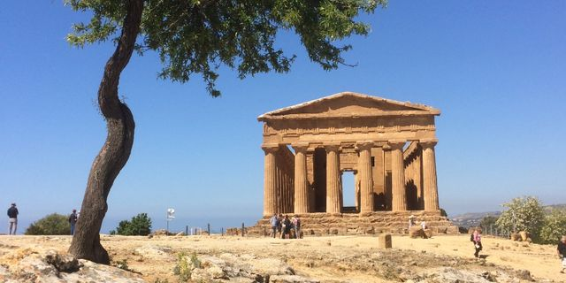 En Unesco-skyddad tempelbyggnad på Sicilien i Italien, från antikens Grekland.  Siobhan Starrs / TT / NTB Scanpix