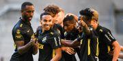 AIK firar sitt 1–0-mål. JOHANNA LUNDBERG / BILDBYRÅN