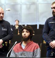 Abderrahman Bouanane under rättegången i Åbo.  LEHTIKUVA / TT NYHETSBYRÅN
