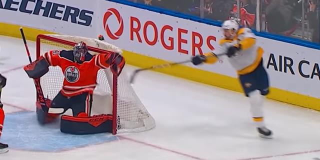 Forsberg gör sitt mål. NHL