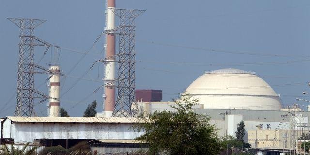 Reaktorbyggnaden vid Bushehrkraftverket i Iran. ATTA KENARE / AFP