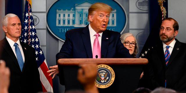 Trump på nattens pressträff. ANDREW CABALLERO-REYNOLDS / TT NYHETSBYRÅN