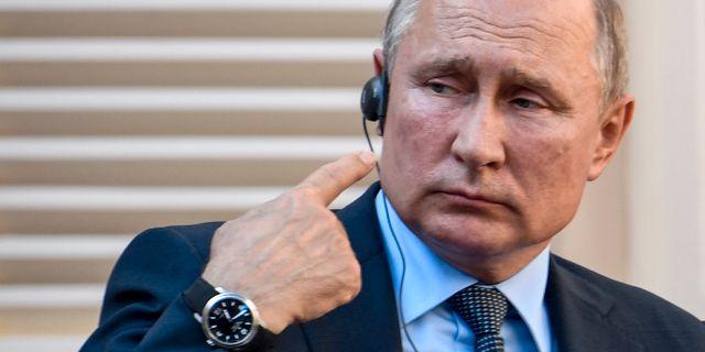 Vladimir Putin på dagens presskonferens med sin franske dito Emmanuel Macron. Gerard Julien / TT NYHETSBYRÅN/ NTB Scanpix