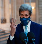 John Kerry i Paris Michel Euler / TT NYHETSBYRÅN