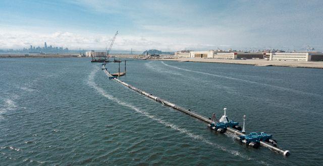 The Ocean Cleanup-projektets sopsamlare. TT NYHETSBYRÅN