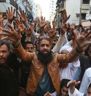 Anhängare till Tehreek-e-Labbaik under en tidigare demonstration. Arkivbild.  Fareed Khan / TT NYHETSBYRÅN
