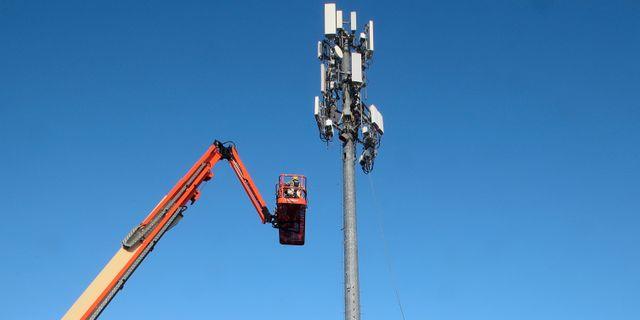 5G installeras på mobilmast i Utah, USA Arkivbild. GEORGE FREY / TT NYHETSBYRÅN