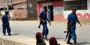 Poliser i Burundi. Jerome Delay / TT NYHETSBYRÅN/ NTB Scanpix