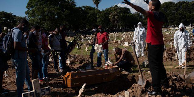 Begravning i Rio de Janeiro, Brasilien. Silvia Izquierdo / TT NYHETSBYRÅN
