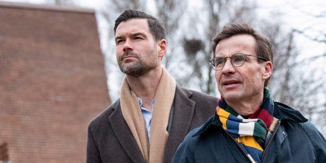 Moderaternas partiledare Ulf Kristersson och partiets rättspolitiske talesperson Johan Forssel, arkivbild. Johan Nilsson/TT / TT NYHETSBYRÅN