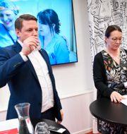 Kommunals förbundsordförande Tobias Baudin och avtalssekreterare Lenita Granlund Fredrik Sandberg/TT / TT NYHETSBYRÅN