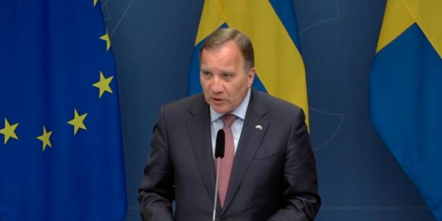 Stefan Löfven under torsdagens pressträff. Regeringen