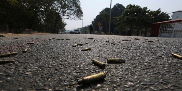 Pistolpatroner vid en brottsplats i Mexiko. Javier Verdin / TT NYHETSBYRÅN