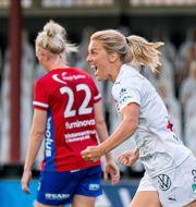 Mimmi Larsson jublar efter Rosengårds 1–0. PETTER ARVIDSON / BILDBYRÅN