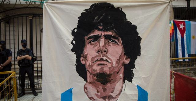 Maradona hyllas i Argentina. Rodrigo Abd / TT NYHETSBYRÅN