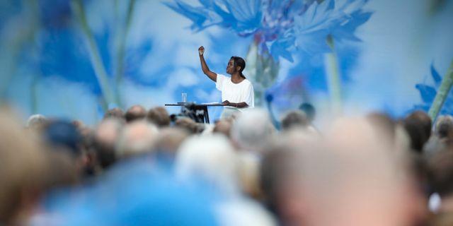 L:s partiledare Nyamko Sabuni talar under Liberalernas dag på politikerveckan i Almedalen. Henrik Montgomery/TT / TT NYHETSBYRÅN