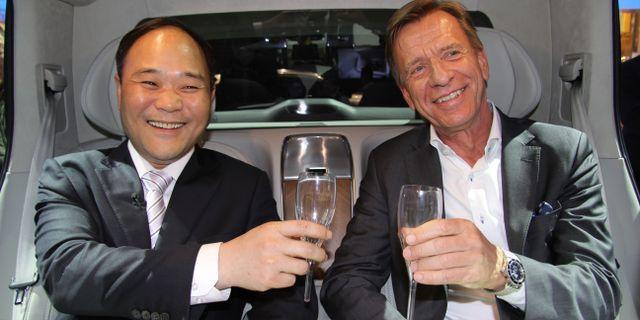 Arkivbild: Li Shufu och Volvo Cars vd Håkan Samuelsson.  KARIN OLANDER / TT / TT NYHETSBYRÅN