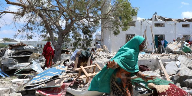 Fyra dodade av bilbomb i somalia