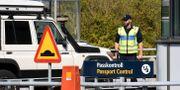 Passkontroll vid Lernacken efter Öresundsbrons betalstation. Johan Nilsson/TT / TT NYHETSBYRÅN