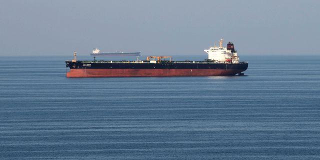 Ett oljefartyg i Hormuzsundet. Hamad I Mohammed / TT NYHETSBYRÅN