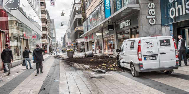 Bild från Drottninggatan efter att lastbilen rusat fram, 7 april, 2017. Tomas Oneborg/SvD/TT / TT NYHETSBYRÅN
