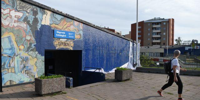 """Graffitiväggen """"Highway"""" målades av misstag över med blå färg.  Henrik Montgomery/TT / TT NYHETSBYRÅN"""