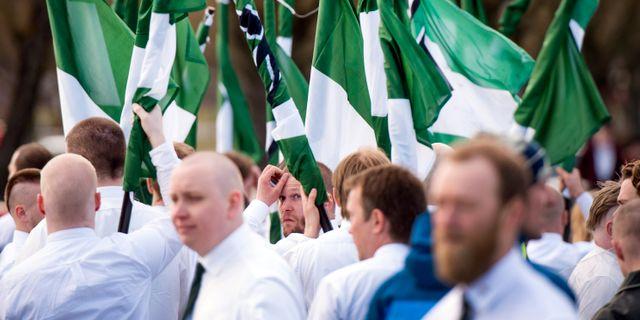 Nordiska motståndsrörelsen under demonstration i Borlänge.  Ulf Palm/TT / TT NYHETSBYRÅN