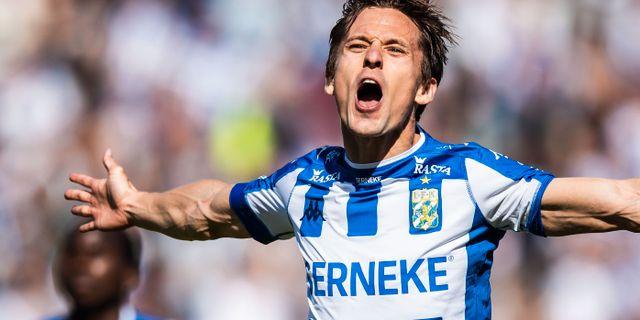 Lasse Vibe jublar efter 1–0. MICHAEL ERICHSEN / BILDBYRÅN