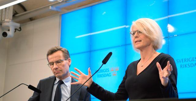 Ulf Kristersson och Elisabeth Svantesson.  Amir Nabizadeh/TT / TT NYHETSBYRÅN