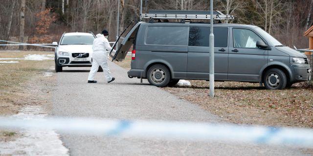 Polisen efter skjutningen.  Christine Olsson/TT / TT NYHETSBYRÅN