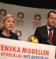 MAgdalena ANdersson och Anders Ygeman.  Adam Ihse/TT / TT NYHETSBYRÅN