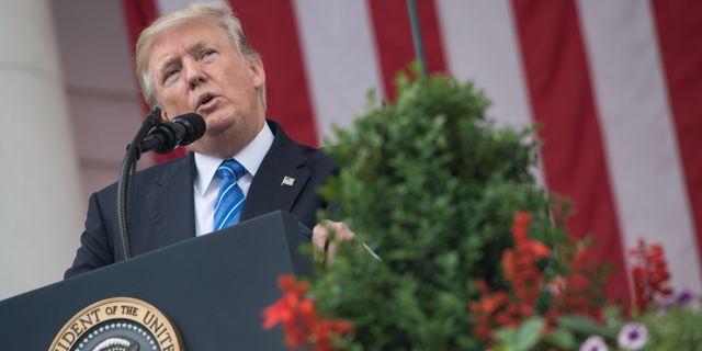 Trump lamnar besked om klimatavtalet i kvall
