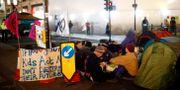 Demonstranter har slagit läger vid Oxford Circus. HENRY NICHOLLS / TT NYHETSBYRÅN