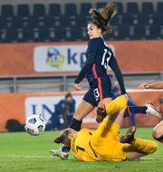 Illustrationsbild. USA:s Alex Morgan i fotbollslandskamp mot Nederländerna i november. Piroschka van de Wouw / TT NYHETSBYRÅN