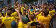 Svenska fans i Nizjnij Novgorod. STRINGER / BILDBYR N