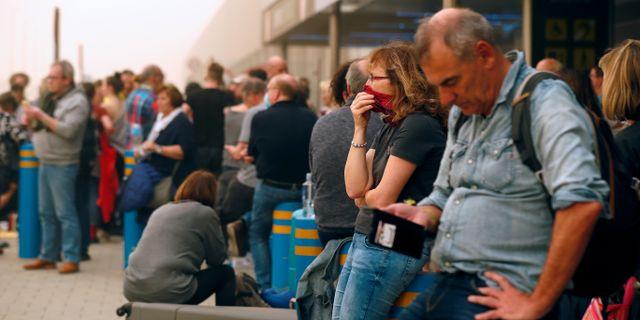 Strandade resenärer på Palmas flygplats. BORJA SUAREZ / TT NYHETSBYRÅN