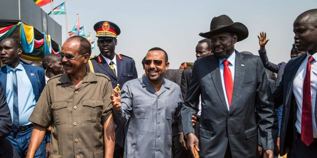 Sydsudans Salva Kiir tillsammans med Etiopiens  Abiy Ahmed och Eritreas  Isaias Afwerki. AKUOT CHOL / AFP