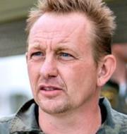 Advokat Anders Larsen utanför rätten i Glostrup / Peter Madsen efter Kim Walls försvinnande TT