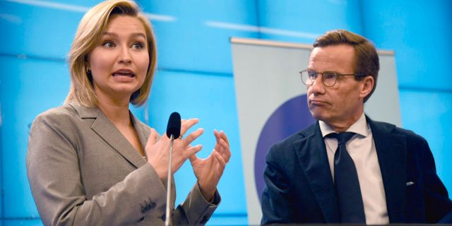 Ebba Busch Thor (KD) och Ulf Kristersson (M). Arkivbild. Marko Säävälä/TT / TT NYHETSBYRÅN