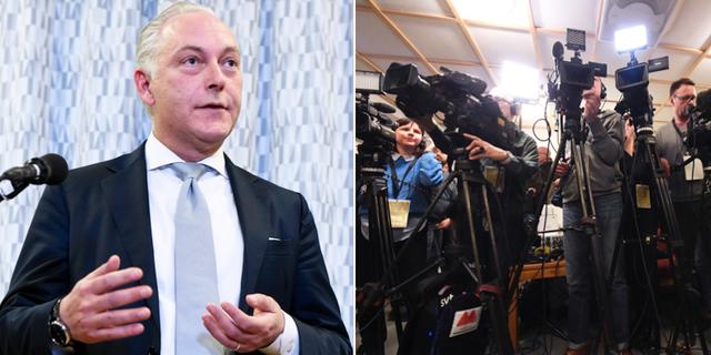 Advokat Johan Eriksson vid pressträffen TT